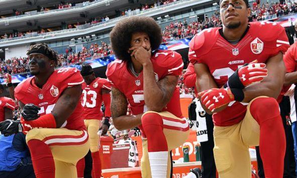 Opposing Viewpoints: to kneel or not to kneel