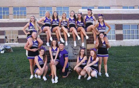 BHS cheerleaders working hard