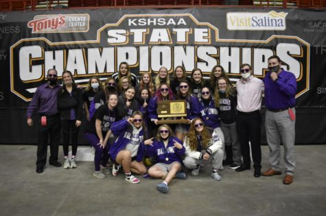 Girls wrestling team wins team state championship